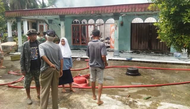 Photo of Kebakaran Hanguskan Satu Rumah di Pauah Kamba Pariaman