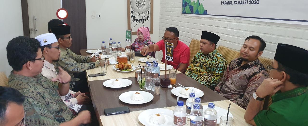 Photo of SK DPP Turun, PKS Sumbar All Out Menangkan  Riza-Febby di Pilkada